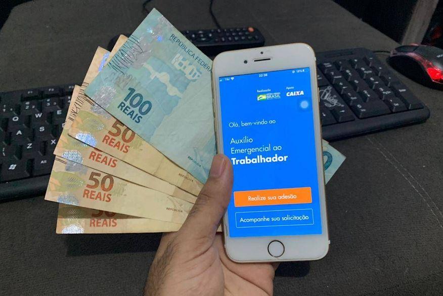 Governo deve propor prorrogação do auxílio emergencial em duas parcelas de R$ 300