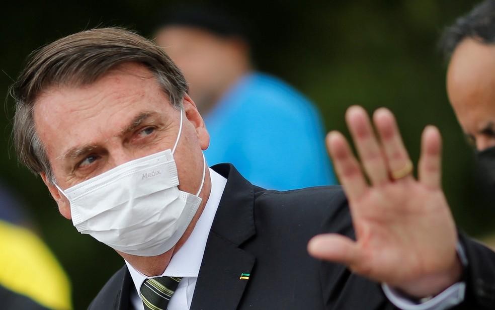 STJ derruba liminar que determina entrega de exames de Bolsonaro